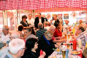seniors repas à l'Ours noir