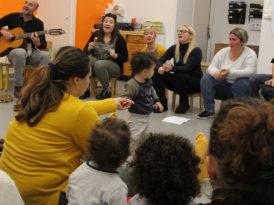 Chansons présentées par des mamans et la cie du Gros Ours